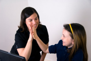 איך לדבר כך שהילדים ילמדו